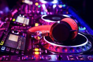 TABLE DJ 2